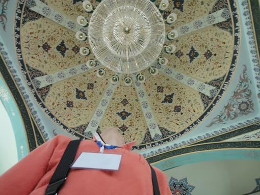 007-004・モスクで上を見上げる・510.JPG