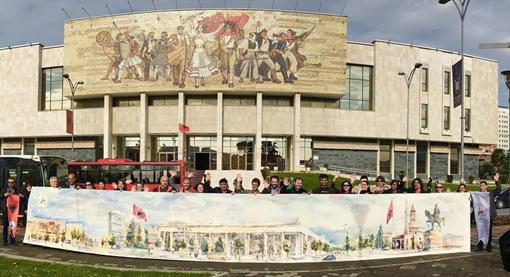 11月23日・美術館前「巨大絵画を見せる」・510.jpg